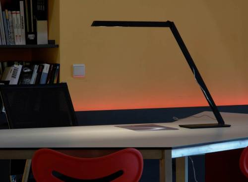 gd-2012-desk-lamp